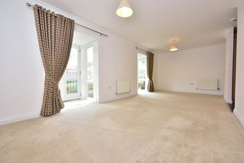 2 bedroom apartment to rent - Cottage Close, Harrow On The Hill, HA2
