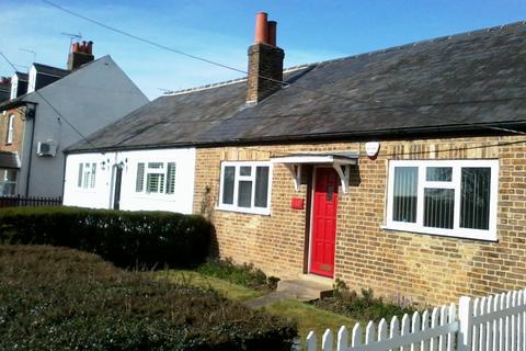 2 bedroom cottage to rent - Mansion Lane, Iver, Buckinghamshire, SL0