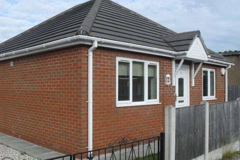 2 bedroom detached bungalow for sale - Jenard Court, Holywell