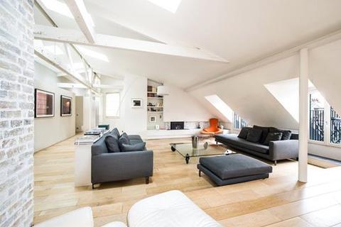 5 bedroom apartment  - Paris 08, Paris, Ile-De-France