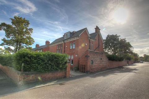 5 bedroom detached house for sale - The Old Orchard, Keppel Street, Gateshead, NE11 9AR