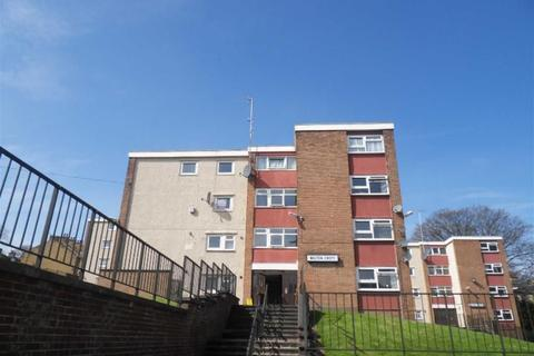 2 bedroom flat to rent - Walton Croft, Leeds