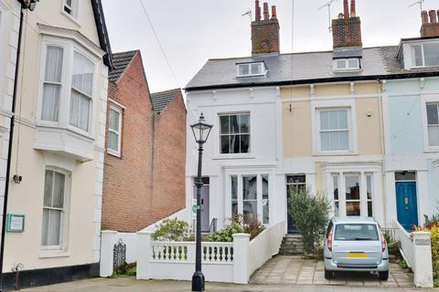 4 bedroom end of terrace house for sale - Richmond Terrace, Southsea