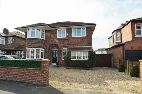 5 bedroom detached house for sale - Goldsworthy Road, Urmston, Manchester