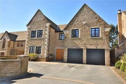6 bedroom detached house for sale - Manor Gates, Bramhope, Leeds, West Yorkshire