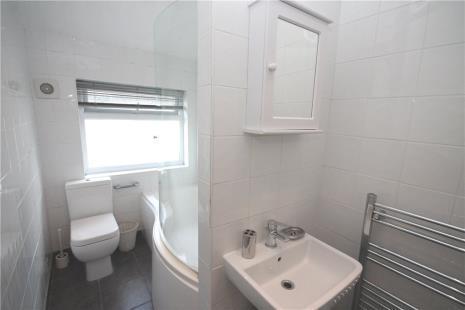 Horsley Close Epsom 3 Bed Semi Detached House 163 1 400