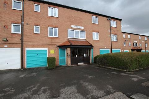 2 bedroom apartment to rent - Blenheim Court, Deanswood Drive,  Blackley, Manchester M9 0QE