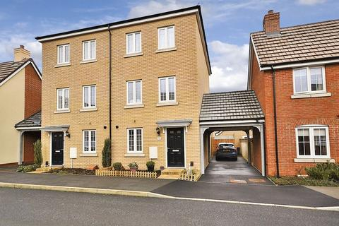 4 bedroom semi-detached house for sale - Copia Crescent, Leighton Buzzard