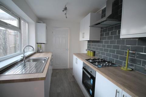 2 bedroom terraced house for sale - Belvoir Street, Hull