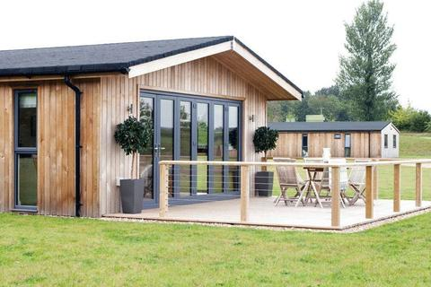 1 bedroom lodge for sale - Cedar Retreats Luxury 1 Bed Lodge, nr Ripon
