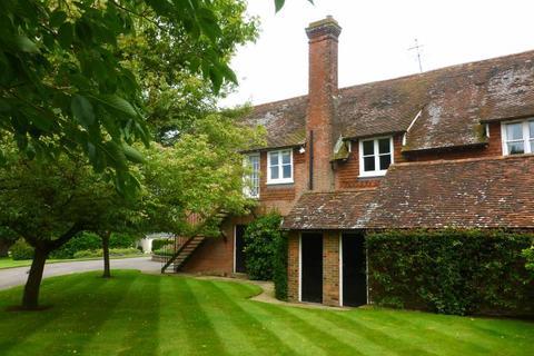 3 bedroom flat to rent - Ladham Road, Goudhurst, Cranbrook, Kent TN17 1DB