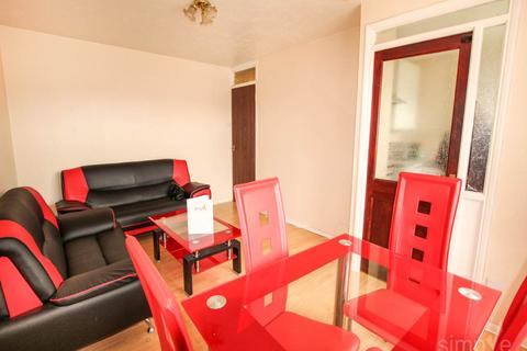 1 bedroom flat to rent - Windsor Park Road , Harlington, Middlesex