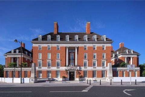 3 bedroom flat for sale - The Star and Garter, Richmond Hill, Richmond, TW10