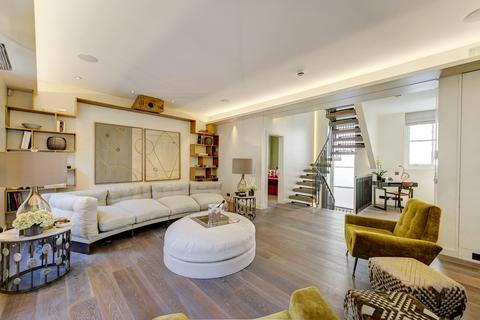 2 bedroom house for sale - Eaton Mews South, London. SW1W