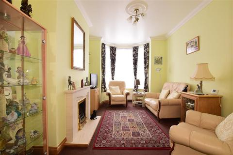 3 bedroom end of terrace house for sale - Wykeham Road, Portsmouth, Hampshire