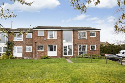 2 bedroom apartment to rent - Chiltern Park Avenue, Berkhamsted, Hertfordshire, HP4