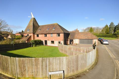 4 bedroom barn conversion for sale - Willesborough, TN24