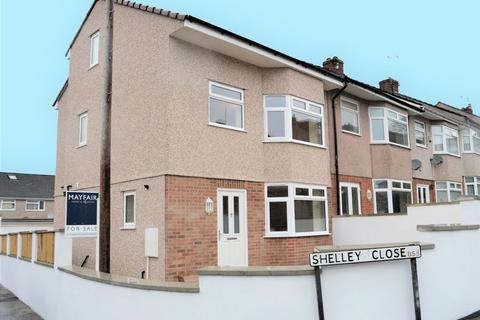 3 bedroom terraced house for sale - Shelley Close, St George