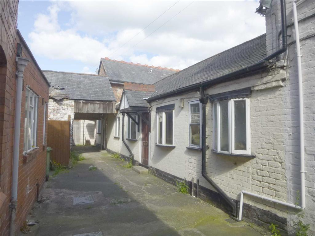 3 Bedrooms Flat for sale in 29a, Leg Street, Oswestry, Shropshire, SY11