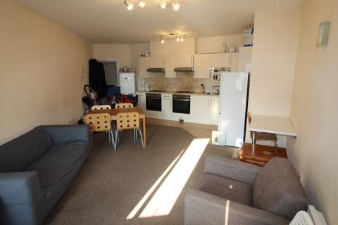 6 bedroom flat to rent - Darran Street, Cathays, Cardiff