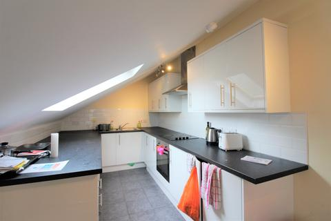 9 bedroom house to rent - Colum Road, ,