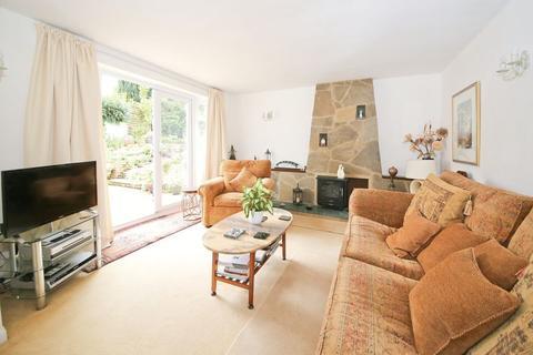2 bedroom bungalow for sale - Doric Avenue, Southborough