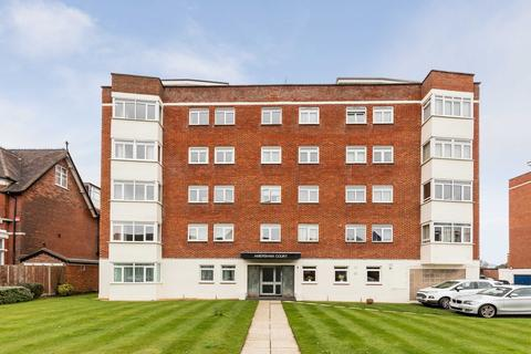 2 bedroom apartment for sale - Craneswater Park, Southsea