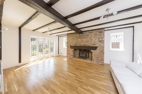 6 bedroom detached house for sale - Bowmans Cottage, Kent, DA1