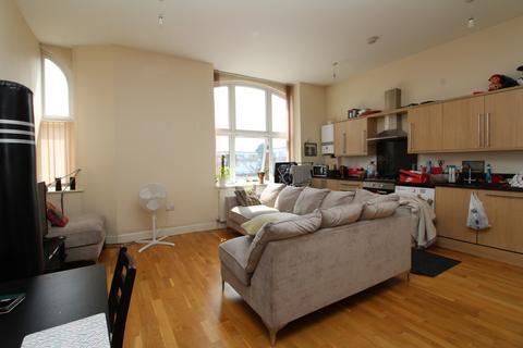2 bedroom apartment to rent - Crook Log, Bexleyheath, DA6