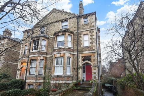 Maisonette to rent - Warnborough Road, North Oxford, OX2