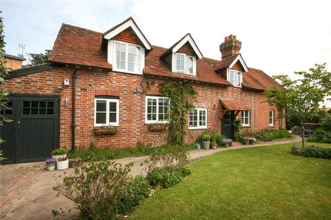 Court Meadow Close Rotherfield 4 Bed Detached House 163