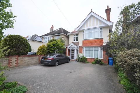 2 bedroom flat for sale - Penn Hill Avenue, Lower Parkstone, Poole