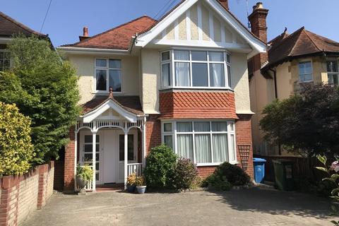 2 bedroom flat for sale - Penn Hill Avenue, Lower Parkstone, Poole