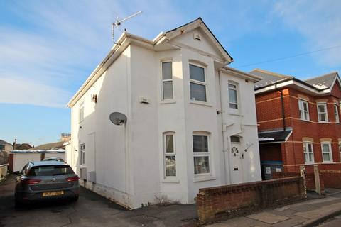 3 bedroom apartment for sale - Livingstone Road, Southbourne, Bournemouth
