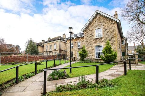 2 bedroom apartment to rent - Somerford Road, Cirencester, GL7