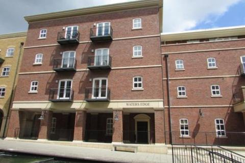 2 bedroom apartment to rent - Waters Edge, Dickens Heath, Solihull