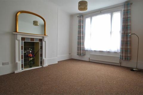Studio to rent - Brunswick Square, Hove, BN3