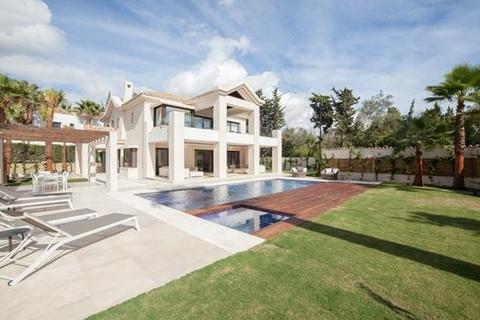 7 bedroom villa - Beach Side Golden Mile, Marbella, Malaga