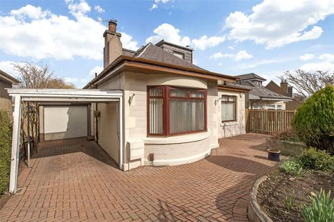 4 bedroom house for sale - 18 Abercorn Crescent, Edinburgh, EH8