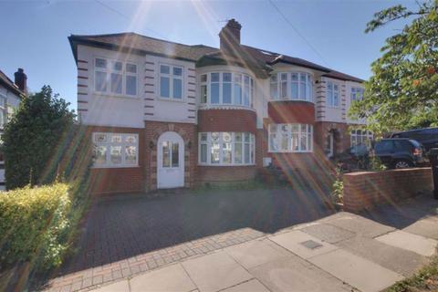 4 bedroom house to rent - Grosvenor Gardens, Oakwood
