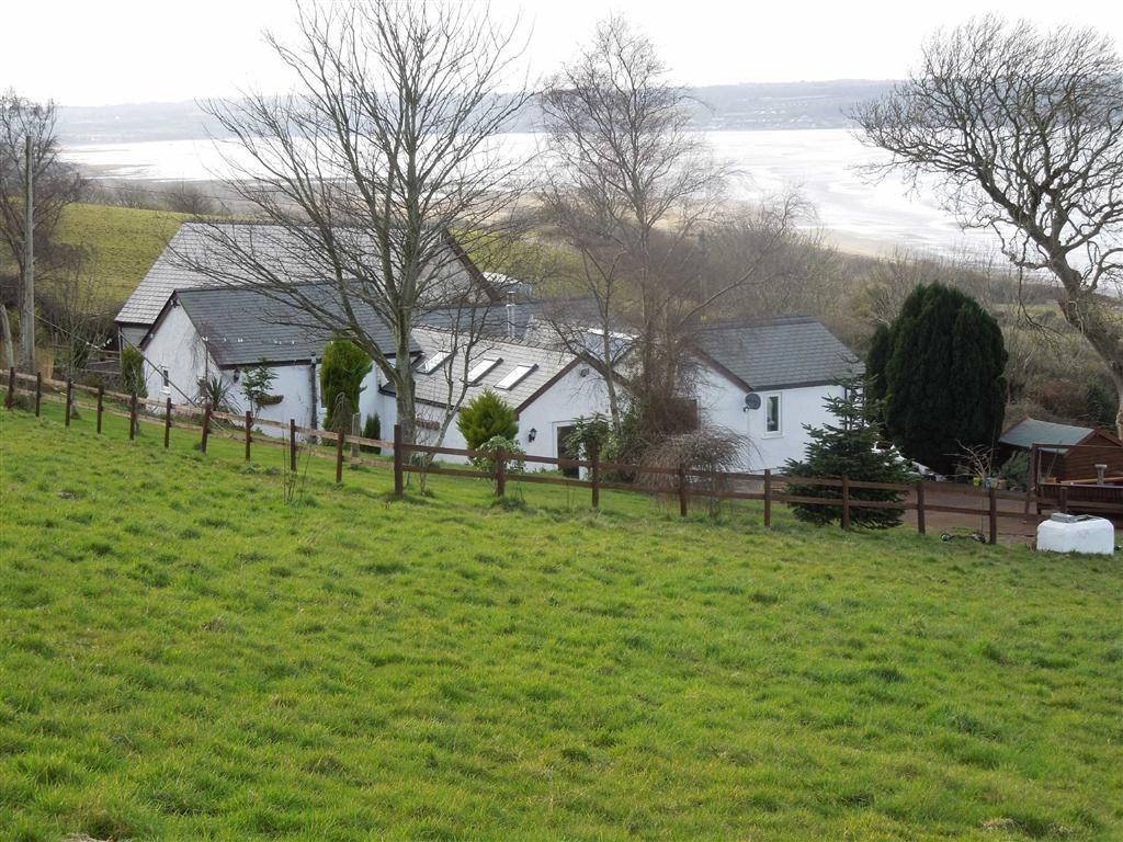 4 Bedrooms Cottage House for sale in Beach Road, Llanddona, Anglesey, LL58
