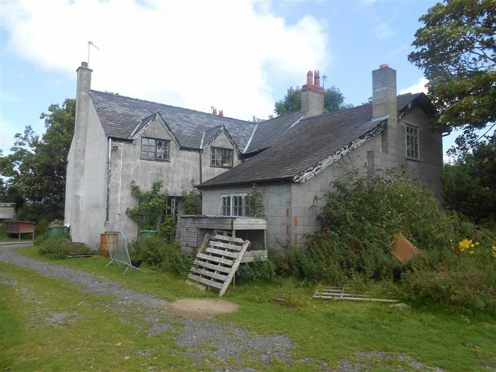 5 Bedrooms Farm House Character Property for sale in Talwrn Road, Llangefni, Anglesey, LL77