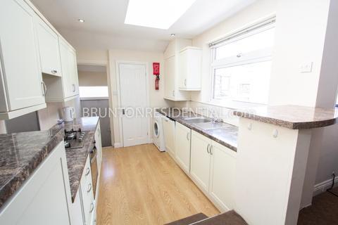 6 bedroom maisonette to rent - 75pppw Newlands Road, High West Jesmond
