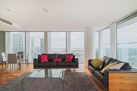 3 bedroom flat to rent - Landmark East Tower, 24 Marsh Wall, London