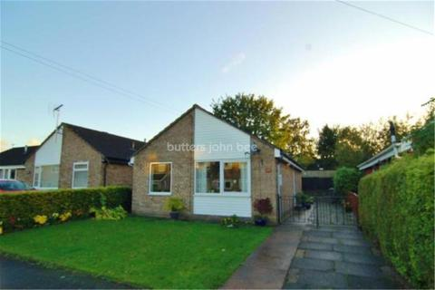2 bedroom bungalow - Naseby Road, Congleton