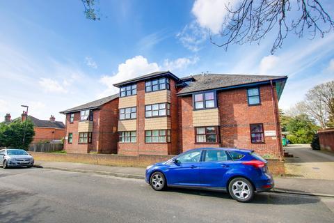 1 bedroom flat for sale - Swift Road, Woolston