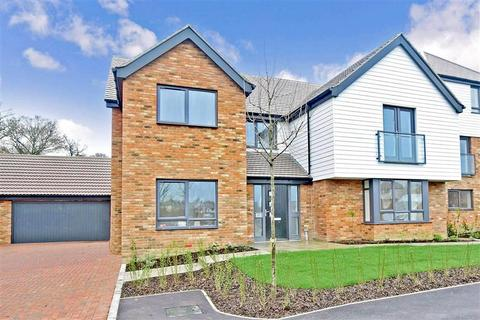 5 Bedroom Detached House For Sale Chigwell Grove Park View Chigwell Es