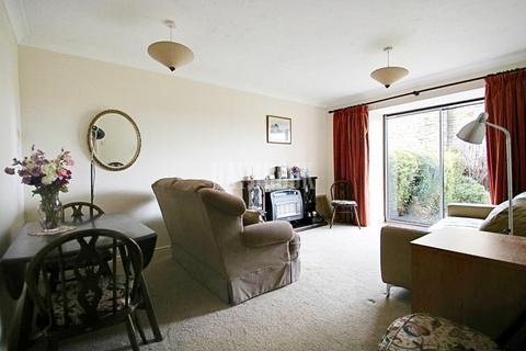 2 bedroom bungalow for sale - Scarlett Oak Meadow, Stannington