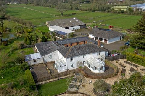 7 bedroom equestrian facility for sale - Sway Road, Tiptoe, Lymington, Hampshire, SO41