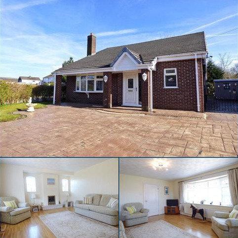 4 bedroom bungalow for sale - Burnside, Hadfield, Glossop, Derbyshire, SK13